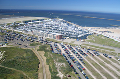 Hotels: Holiday Inn IJmuiden Seaport Beach